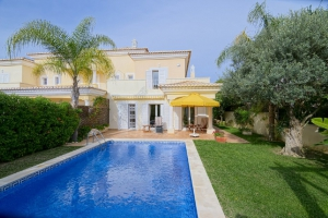Property for sale in Quinta do Lago, Almancil, Vale do Lobo, Vilamoura, Quarteira - EMA12911