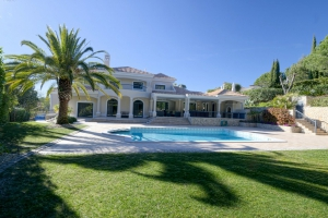 Villa for sale in Quinta do Lago, Almancil, Vale do Lobo, Faro - EMA13139