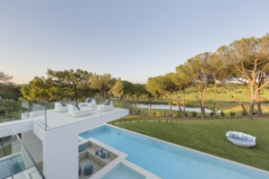 Villa for sale in Quinta do Lago, Almancil, Vale do Lobo, Vilamoura, Quarteira - EMA13140